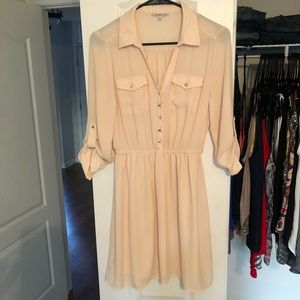 Quarter sleeve beige dress